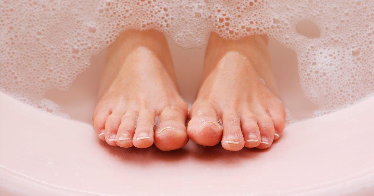 big toe dry skin cracking