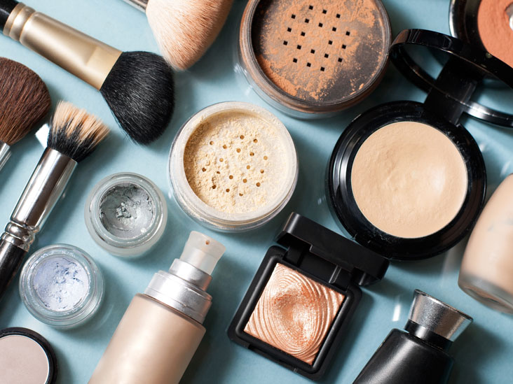 Healthy Cosmetics: Safety, Ingredients, and More