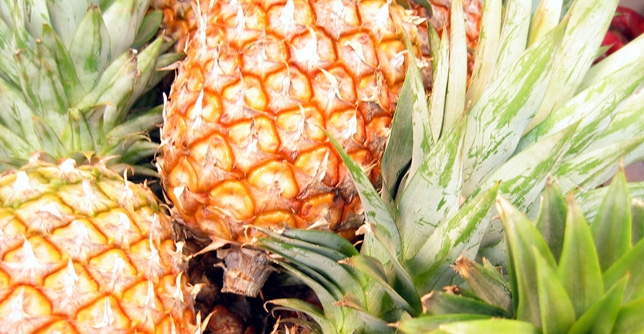 Pineapple and Diabetes: Nutrition, Safety, and Diet Tips
