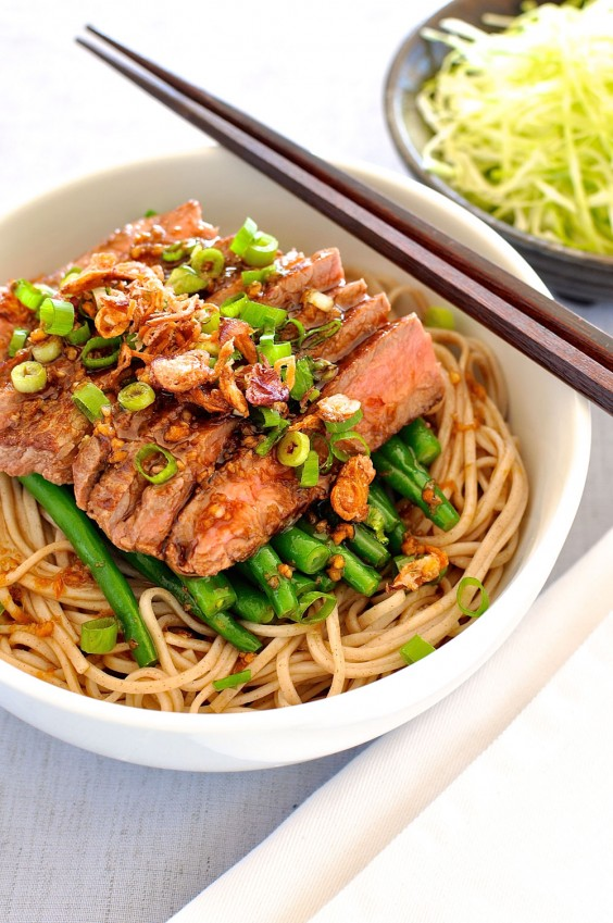 12. Soba With Green Beans and Beef
