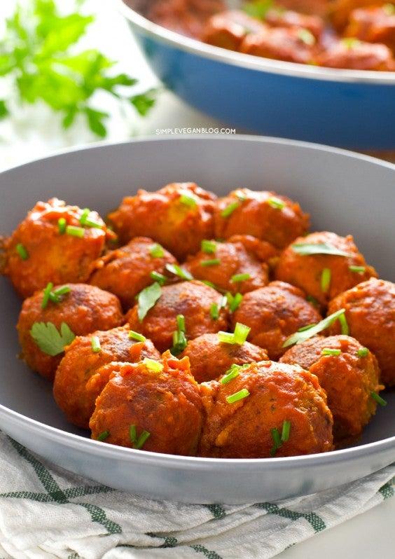 Coconut Curry Tempeh Veggie Meatballs