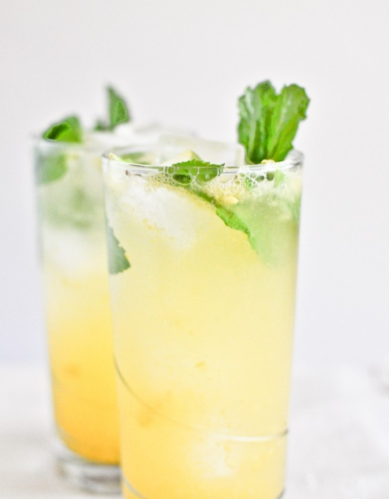 6. Coconut Mango Mojitos