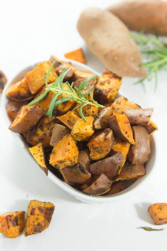 Paleo Snacks: Rosemary Roasted Sweet Potatoes