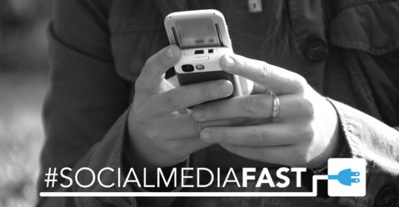 Social Media Fast Banner