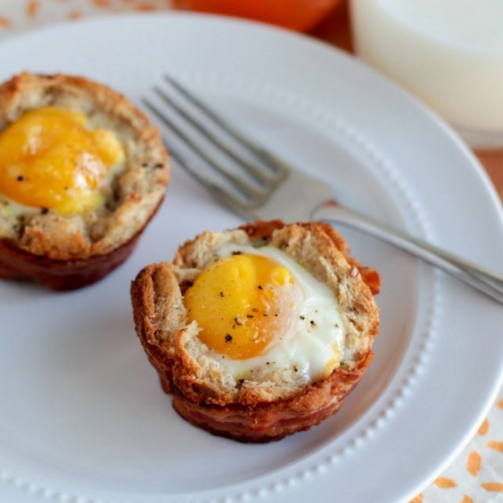 1. Ham and Egg Toast Cups