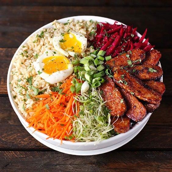 Healthy Grain Bowls: Smoky Tempeh Vegetable and Rice Bowl