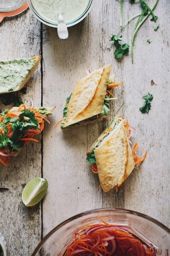 Veggie sandwich:Vegetable Bahn Mi