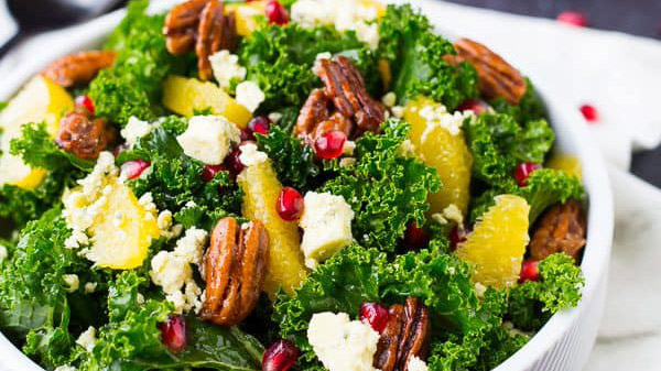 Christmas Salad with Pecans