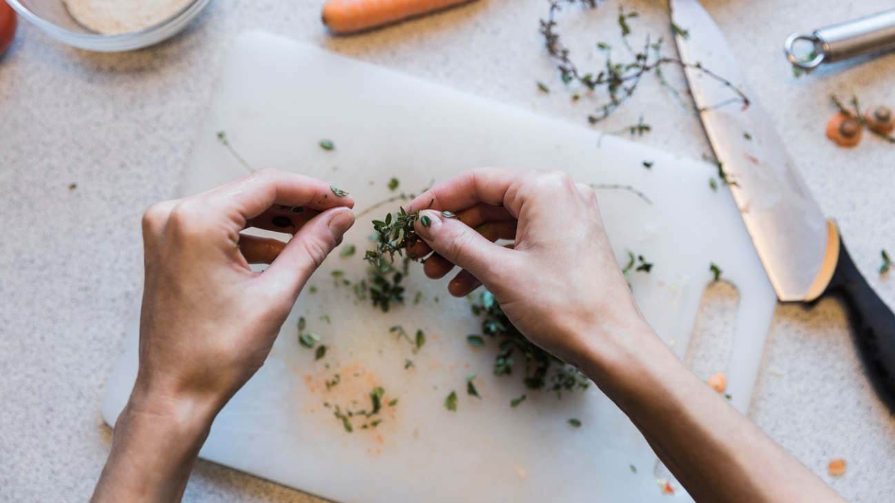 Thyme to Try It? Herbs for Psoriasis
