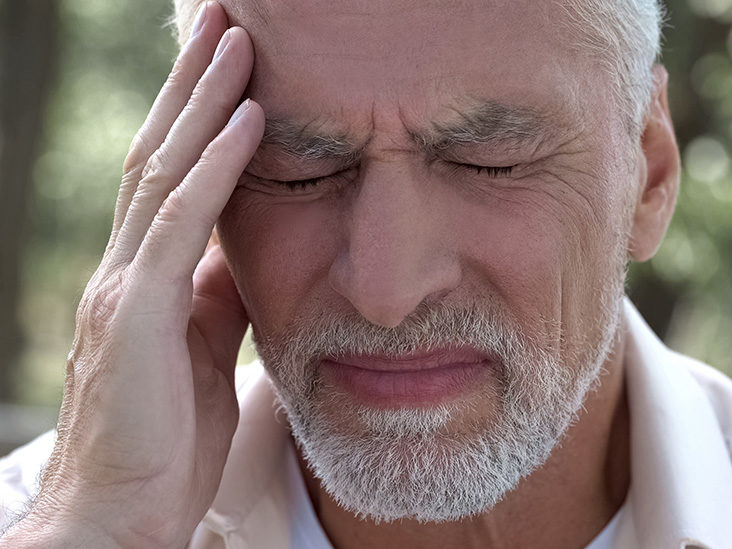 stroke symptoms at home men during 50