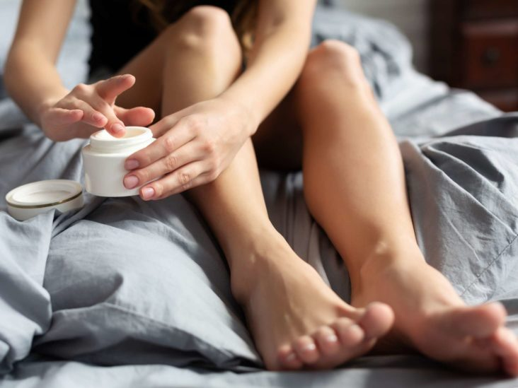 How to remove dry skin from the feet: 5