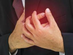 Chest pain and anxiety: Symptoms, causes, and treatment