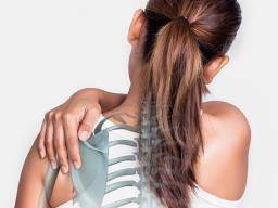 Shoulder blade pain: Causes and treatment